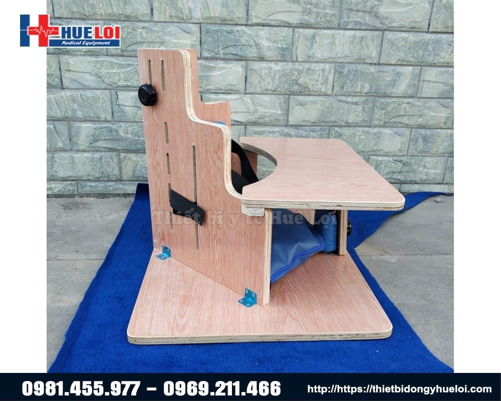 chất liệu ghế ngồi chỉnh dáng trẻ bại não