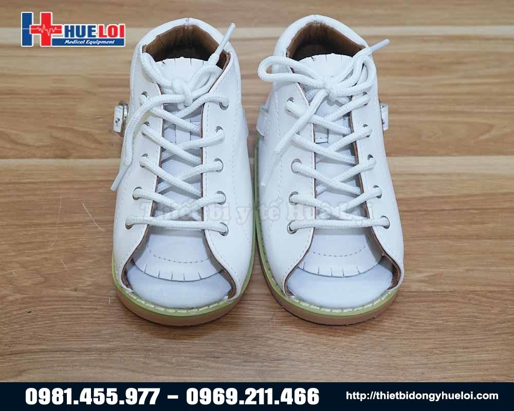 giầy giúp trẻ tập luyện dị tật bàn chân