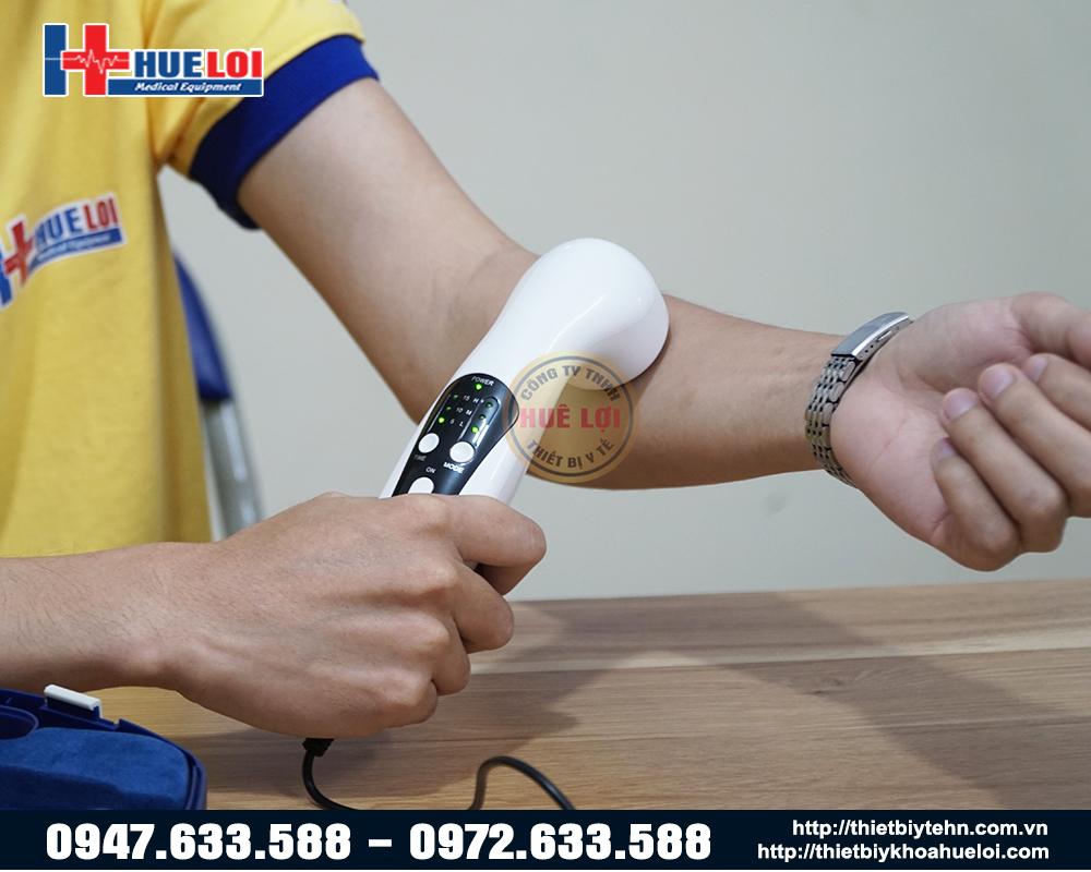 Hình ảnh sử dụng thực tế máy siêu âm trị liệu cầm tay UT 1032